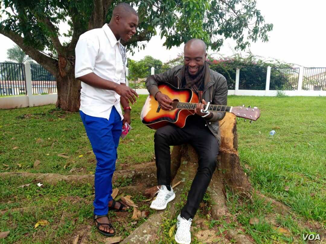In Cameroon, Duo Seeks Peace Through Song   Voice of America - English
