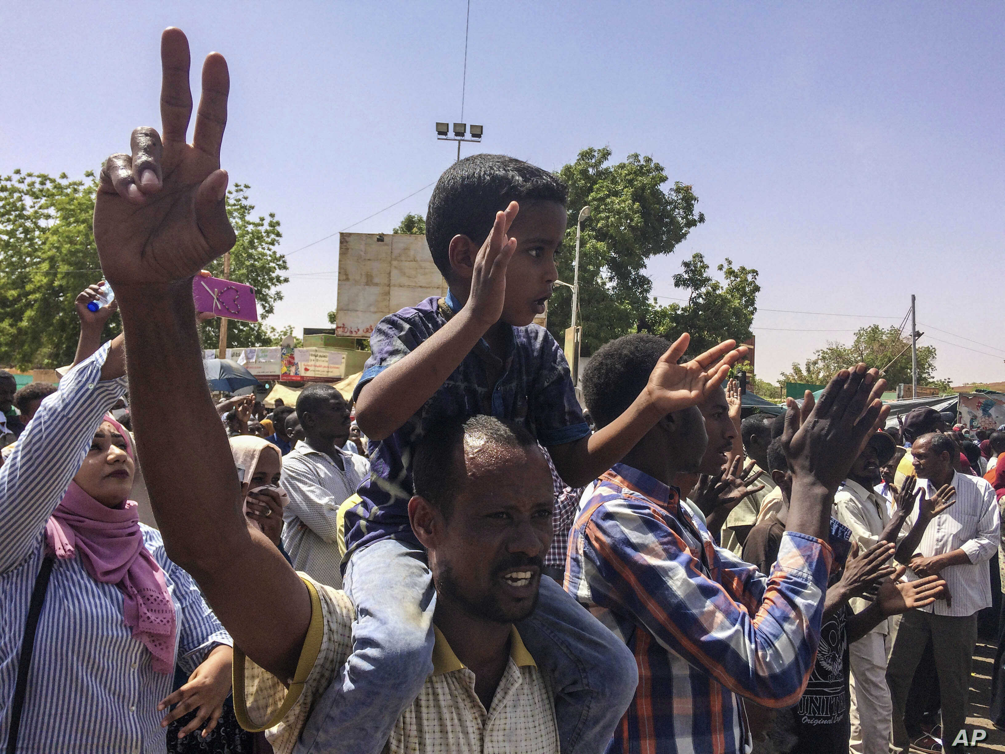 Its Not Just Demonstrators Saying >> Sudan Police Ordered Not To Shoot Protesters Voice Of America