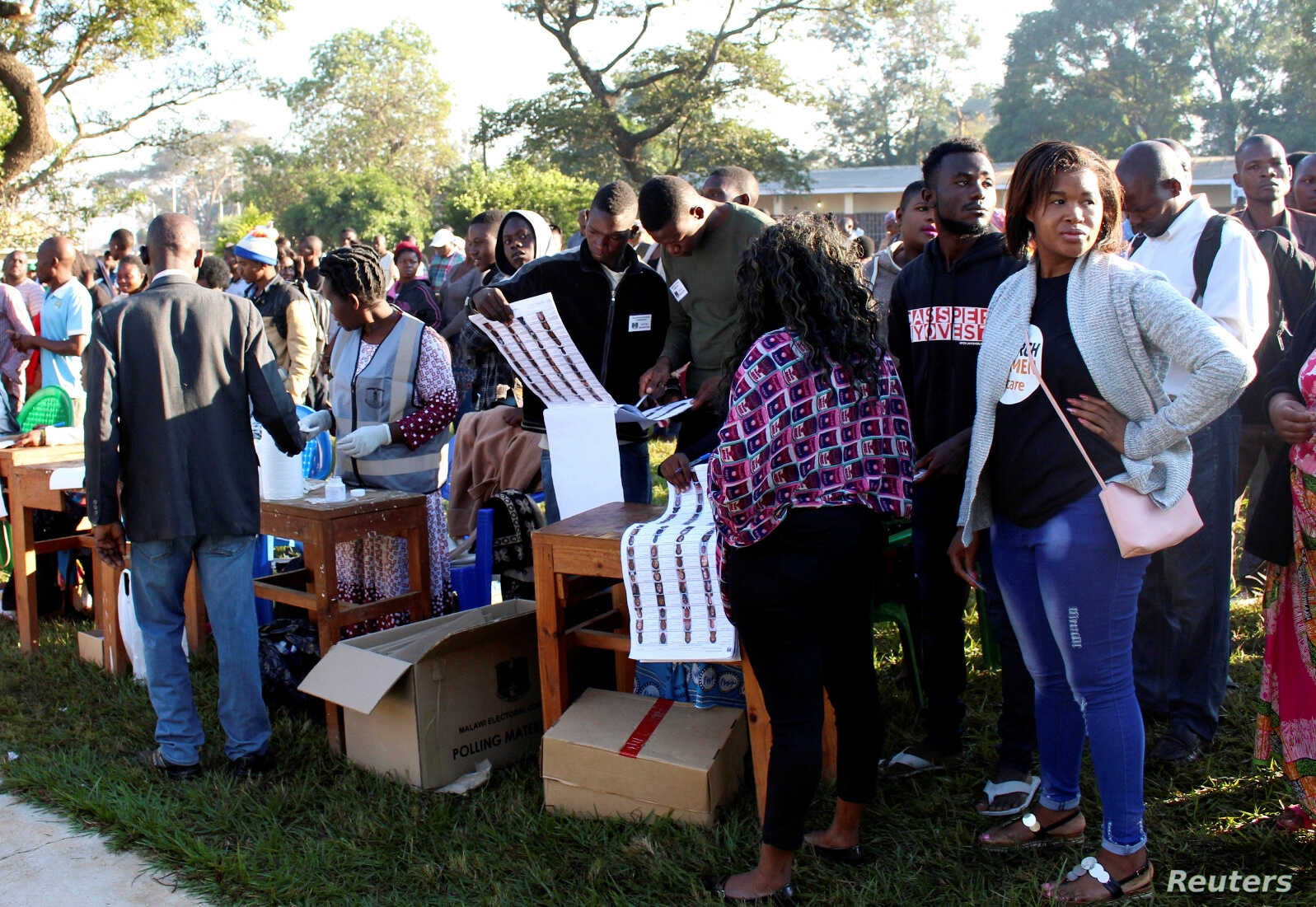 Observers Note Problems in Malawi Elections   Voice of