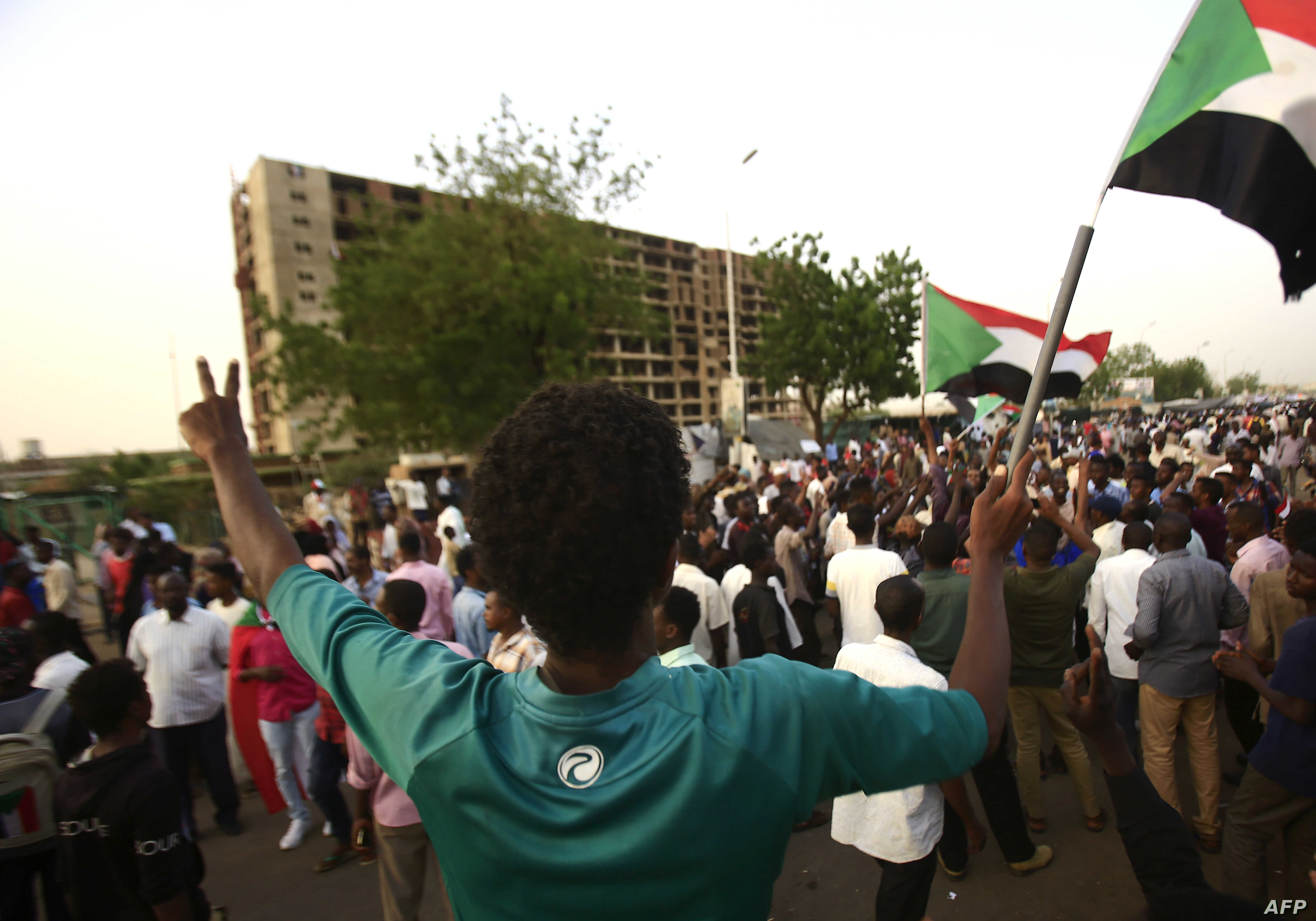 Four Hurt as Protesters, Army Clash in Darfur | Voice of