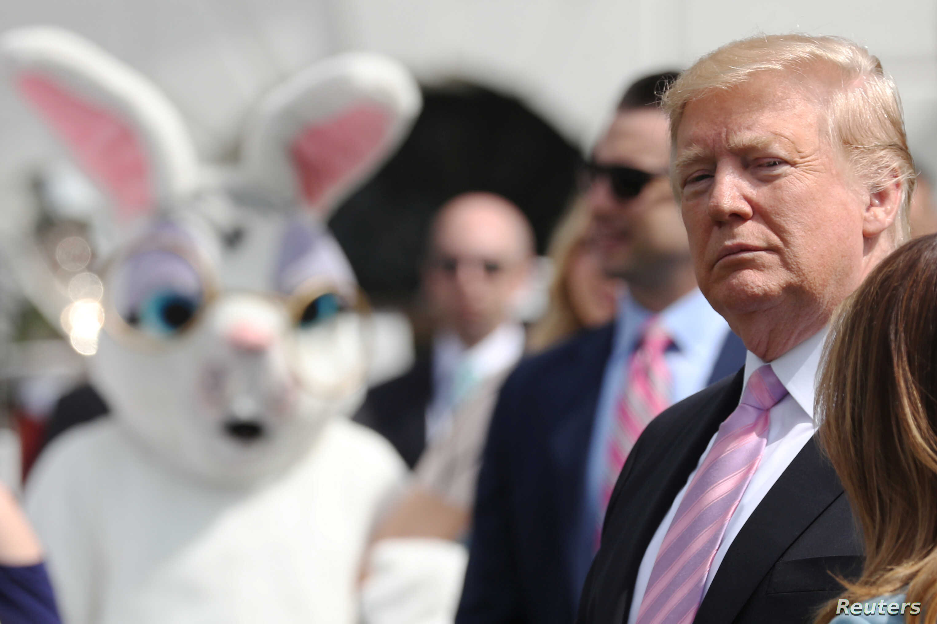 Trump opens easter egg roll with talk of economy military voice