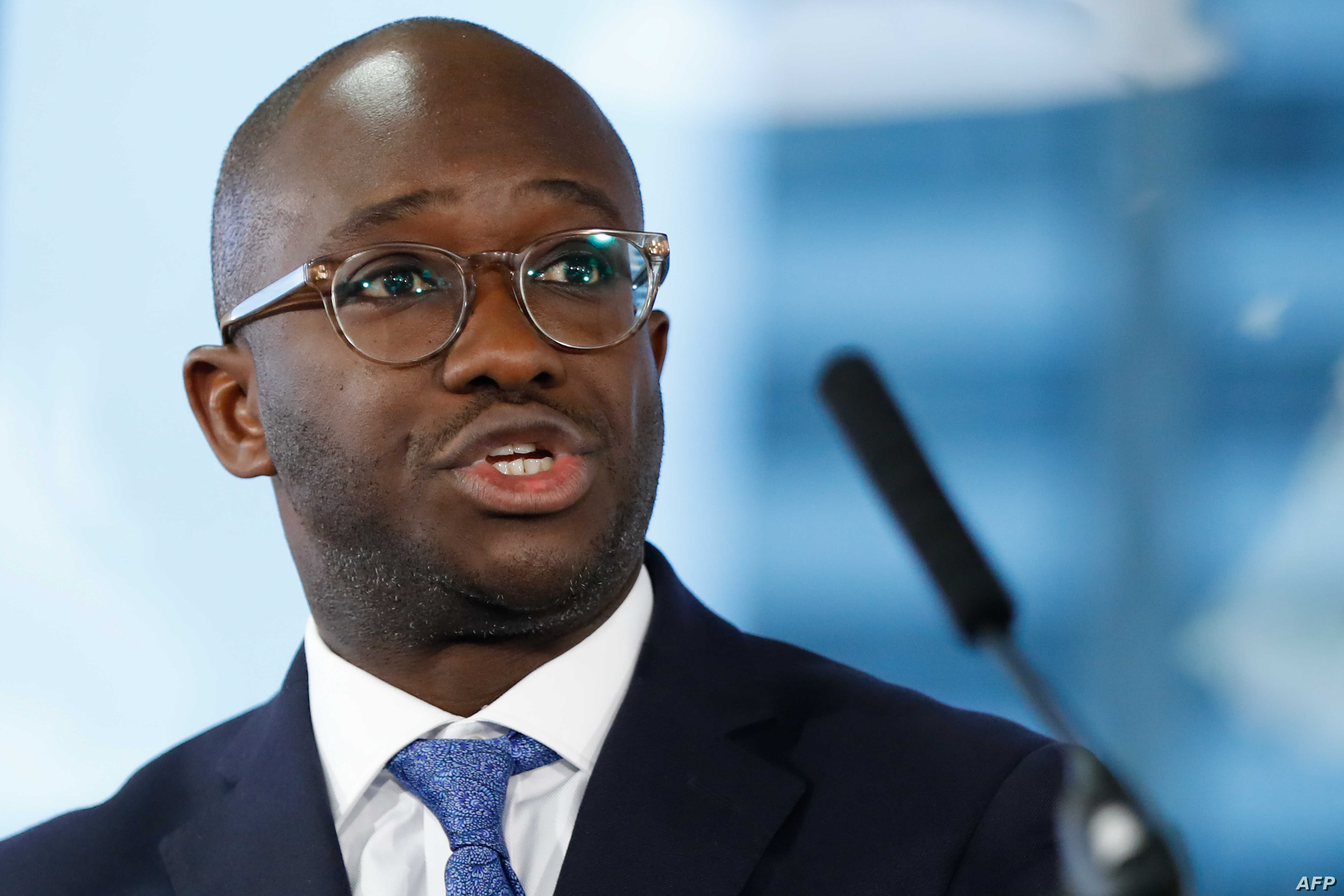 Conservative MP Sam Gyimah, the former universities minister who resigned over the prime minister's Brexit deal, speaks at an event organised by the People's Vote campaign group supporting a second referendum on the Brexit vote in London on January 7, 2019. (Photo by Tolga AKMEN / AFP)