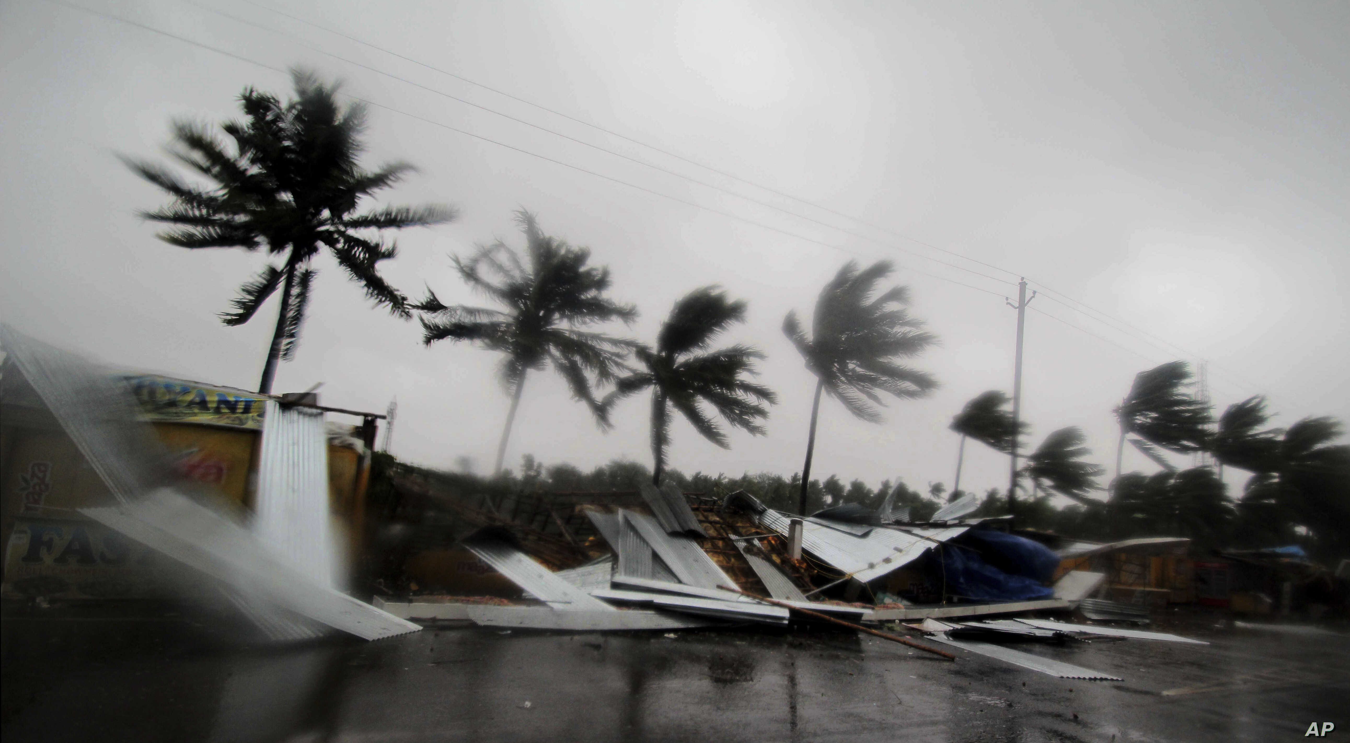Cyclone Fani Hits Eastern India | Voice of America - English