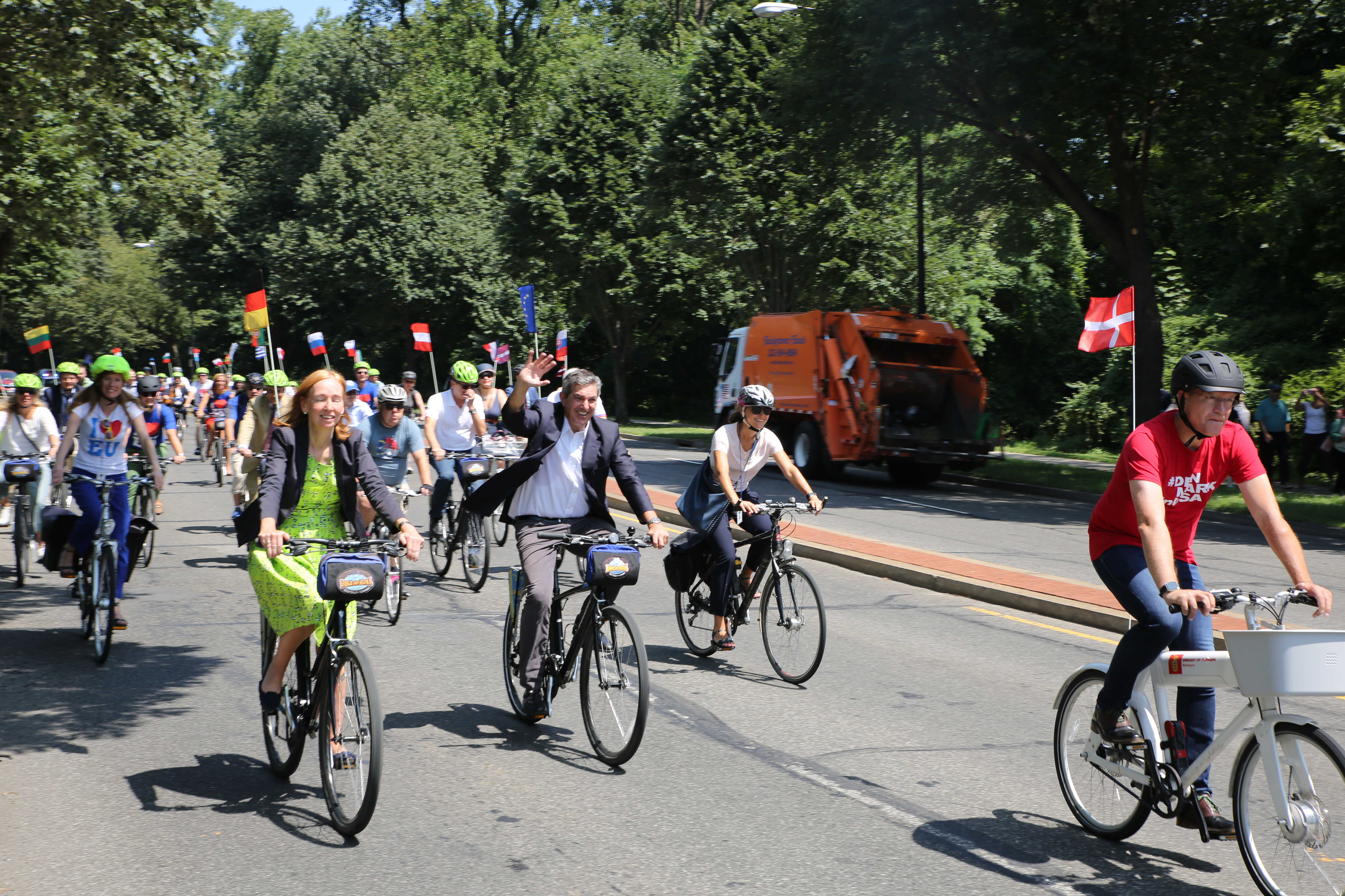 Diplomats Cycle Through DC to Raise Sustainability Awareness | Voice