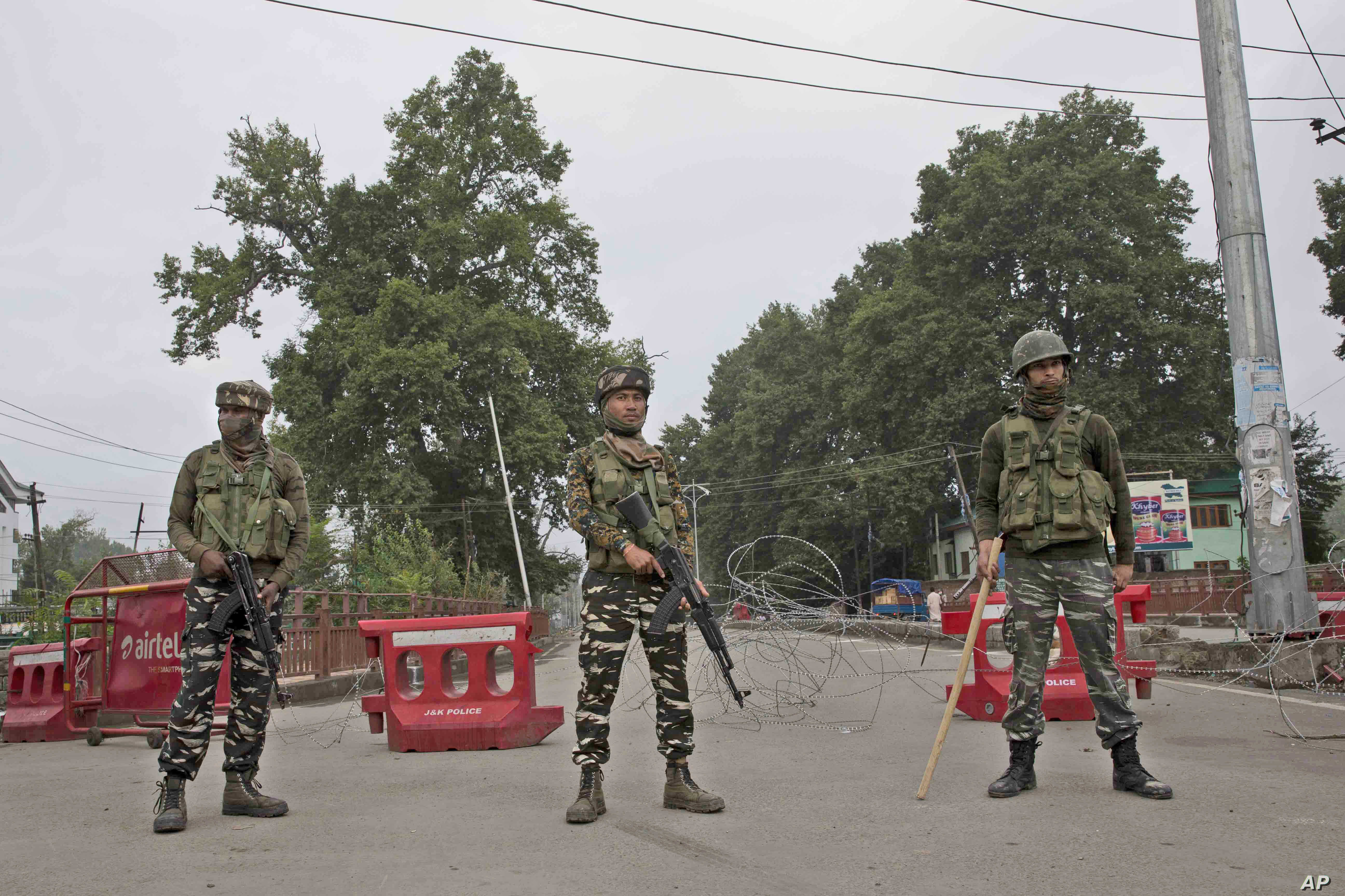 Pakistan Reports Deadly Clashes With India in Kashmir