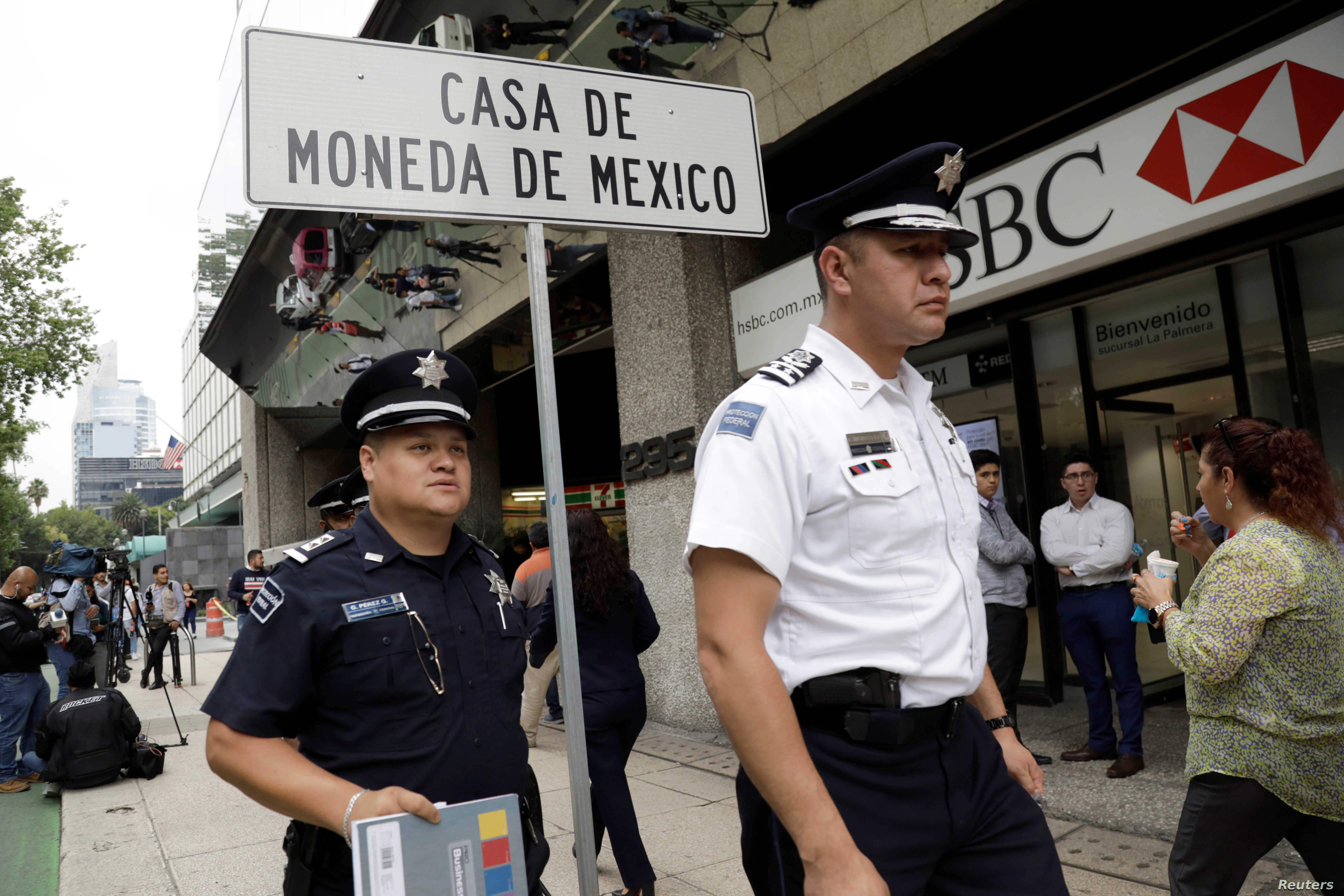 Armed Robbers in Mexico Steal $2 5 Million in Gold Coins