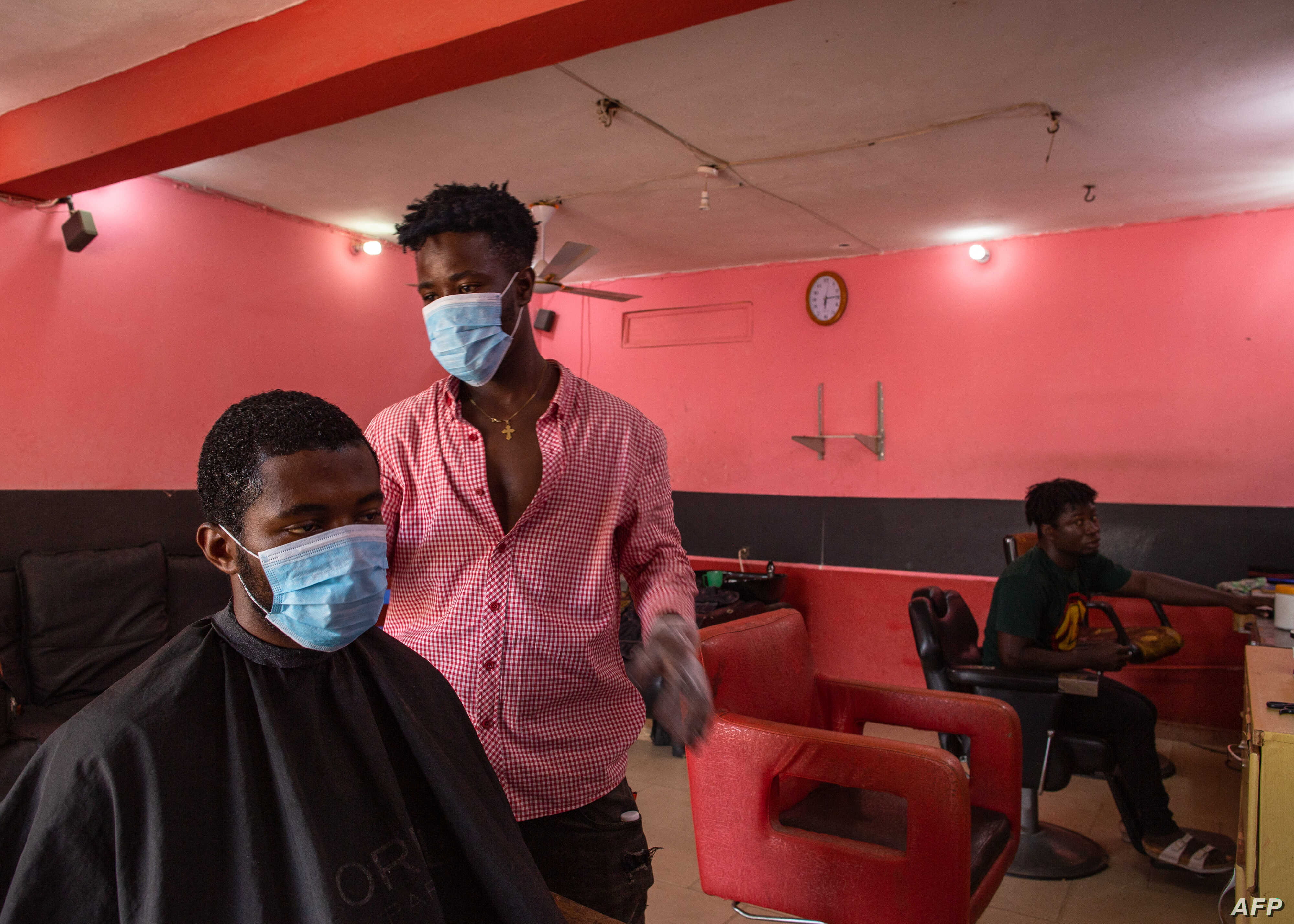 Salons Barbers Reopen In Ghana S Capital After Partial Lockdown