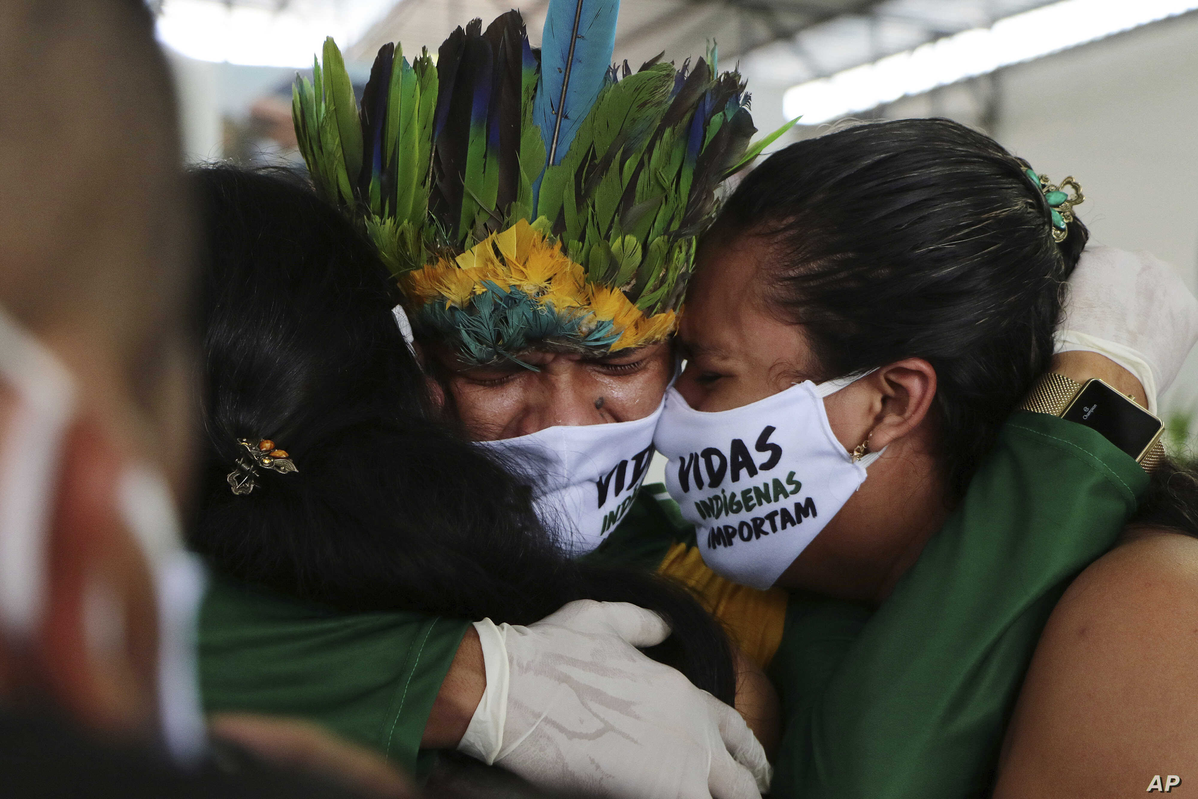 Brazil Surpasses the Mark of More than a Thousand Coronavirus Daily Deaths