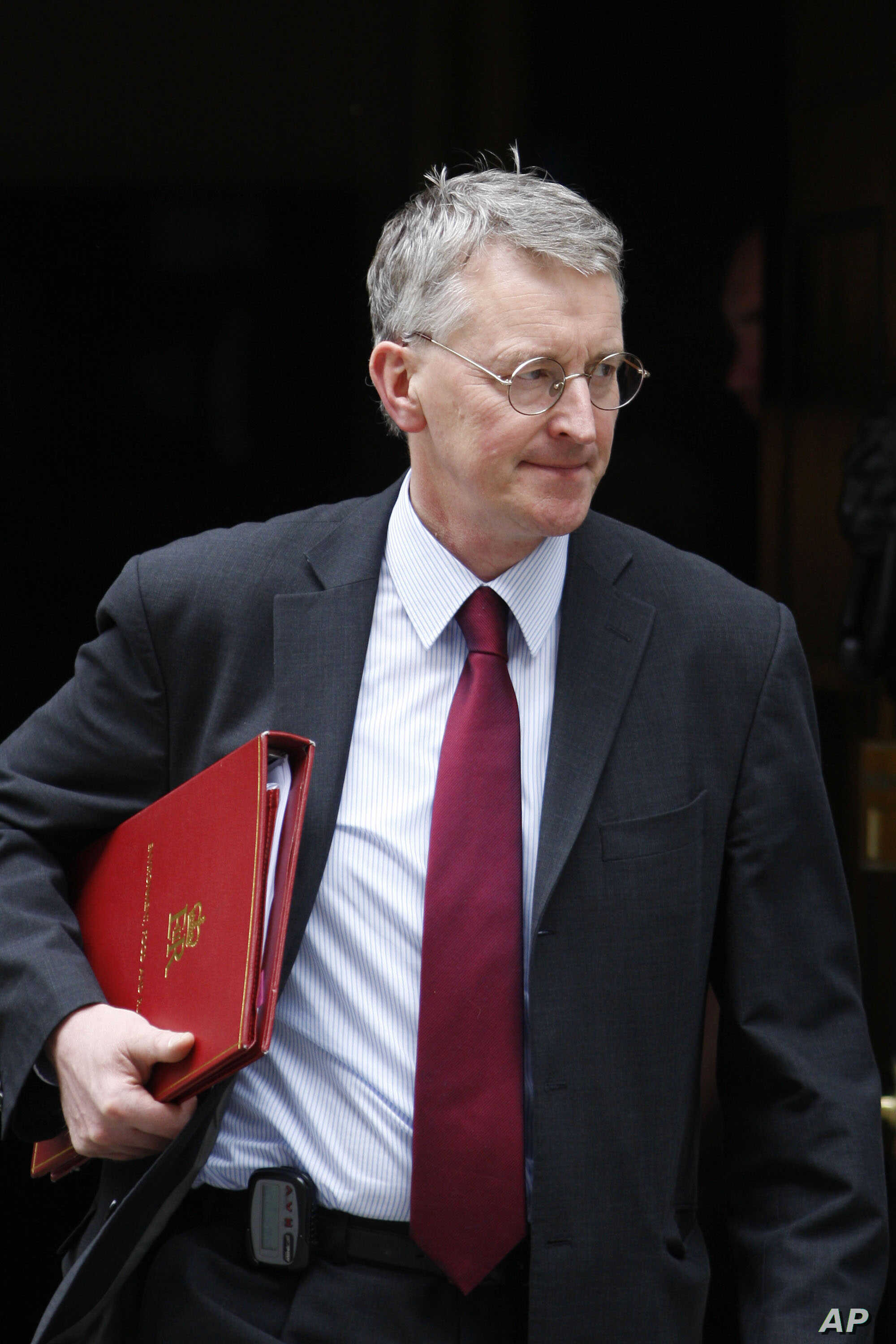 Britain Environment Secretary, Hilary Benn leaves 10 Downing Street in London after an extraordinary Cabinet meeting, Friday, June 12, 2009. The meeting involved all the Cabinet plus a number of lower-ranked ministers who attend when their areas of…