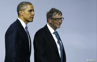 U.S. President Barack Obama (L) and Microsoft co-founder Bill Gates leave a meeting to launch the 'Mission Innovation: Accelerating the Clean Energy Revolution' at the World Climate Change Conference 2015 (COP21) in Le Bourget, near Paris, Nov. 30, 2...