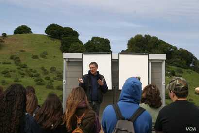 John Wick talks about carbon farming to a group of students at his ranch, the Nicasio Native Grass Ranch.