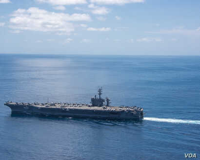 Aircraft carrier USS Carl Vinson (CVN 70) transits the Indian Ocean, April 15, 2017.