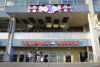 Seaport Buffet's clientele reflects the diversity of the New York neighborhood, which is largely Russian, Hispanic and Asian immigrants.