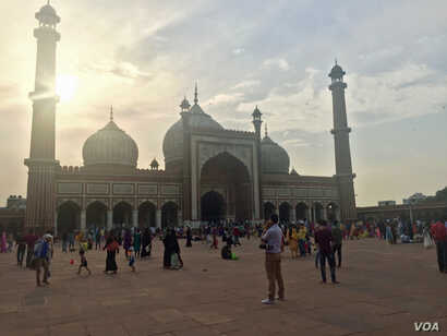 "The Jama Masjid mosque in Delhi: The All India Muslim Personal law Board says that clerics educate Muslim men during Friday prayer sermons about using ""triple talaq (husband saying t o wife: 'you are divorced' thrice)"" only as a last resort if life w..."