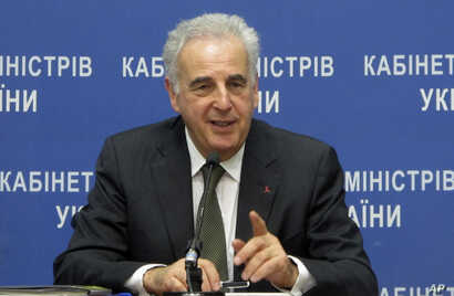 FILE - Michel Kazatchkine, executive director of the Global Fund to Fight AIDS, Tuberculosis and Malaria, speaks to reporters at a news conference in Kyiv, Ukraine