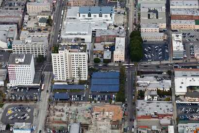 The Walter J. Towers Medical Office Building in Los Angeles' solar parking lot generates 30% of the building's electricity needs. (Courtesy RegreenCorp)