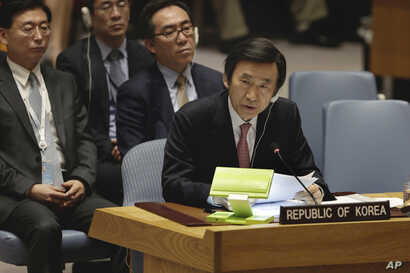 South Korea's Foreign Minister Yun Byung-se delivers his remarks in the Security Council at United Nations headquarters, April 28, 2017.