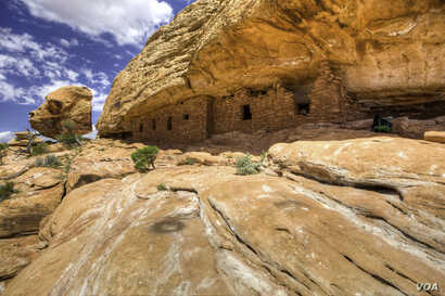 "Ruins of a citadel at Cedar Mesa, built by the Anasazi (""Ancient Ones""), believed to be ancestors of the modern Pueblo Indians.  The Anasazi inhabited the Bears Ears area from about 200 BCE to 1300 CE. Courtesy of the Bureau of Land Management, U.S. ..."