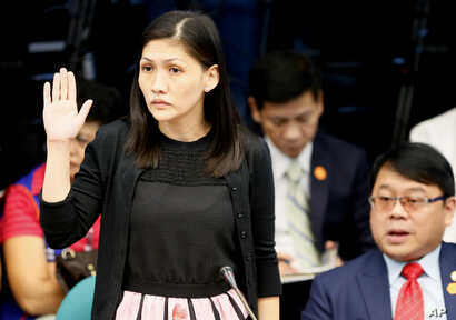 Maia S. Deguito, Rizal Commercial Banking Corporation (RCBC) branch manager, takes her oath prior to the start of the Philippine Senate Blue Ribbon Committee probe into how about $81 million of Bangladesh's stolen funds were transmitted online to fou...