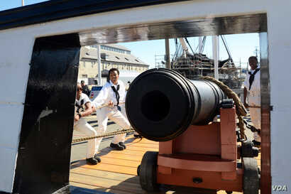 Sailors assigned to USS Constitution perform a War of 1812-era long gun drill in Charlestown Navy Yard, as part of Constitution's weekend festivities celebrating the U.S, Navy's 240th birthday, Oct. 10, 2015.