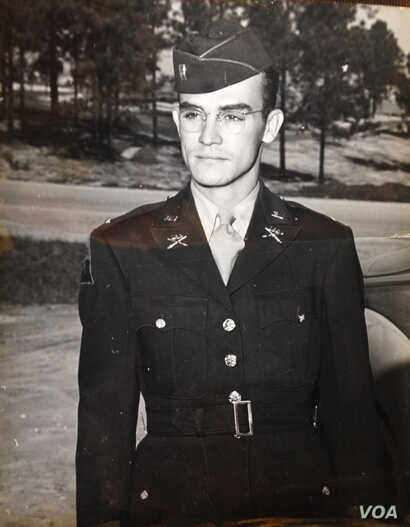Military photo of First Lieutenant Joe Meador (date unknown).