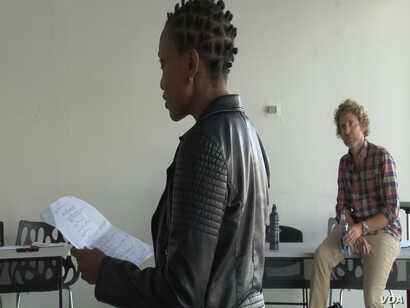 Ugandan actress, Cleopatra Koheirwe, fine tunes her acting skills in class, in Los Angeles, August 2016.