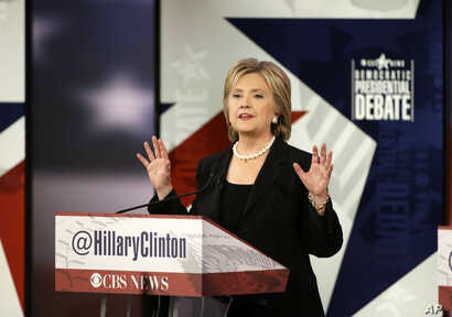 Hillary Clinton makes a point during a Democratic presidential primary debate, in Des Moines, Iowa, Nov. 14, 2015.