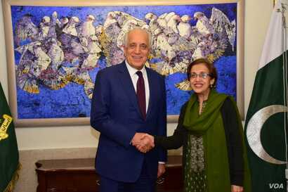 US special representative for Afghanistan reconciliation, Zalmay Khalilzad, and Pakistani Foreign Secretary Tehmina Janjua led their respecrive delegations in talks in Islamabad, Jan. 17, 2019.