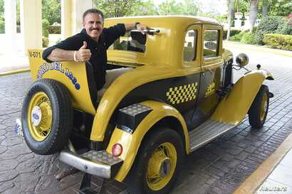 Ron Magill, a prominent Cuban-American who works as spokesman for the Miami zoo and a celebrity in Miami for his regular TV appearances with animals, is pictured in Cuba in this undated handout photo obtained by Reuters May 1, 2015.