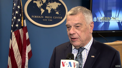 U.S. Ambassador Michael Kozak of the Bureau of Democracy, Human Rights, and Labor speaks to VOA Persian at a Sept. 28, 2018, New York press briefing about U.S. efforts to support human rights in Iran.