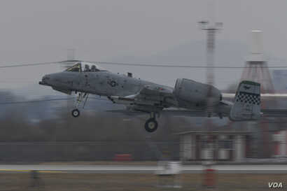 A U.S. A-10 Thunderbolt II takes off for a training mission during an excercise at South Korea's Osan Air Base, March 1, 2017.