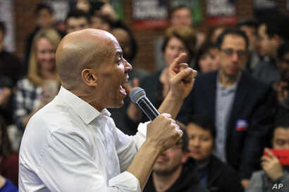 FILE - Sen. Cory Booker (Democrat-New Jersey) speaks at a get-out-the-vote event hosted by the NH Young Democrats at the University of New Hampshire in Durham, New Hamshire, Oct. 28, 2018.