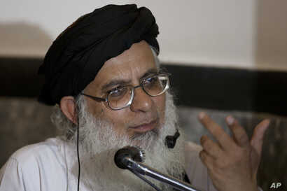 Pakistan's radical cleric Maulana Abdul Aziz addresses a news conference in Islamabad, Pakistan, March 24, 2017. Pakistani police have blocked a rally by clerics seeking to press their calls for the death of social media activists accused of insultin...