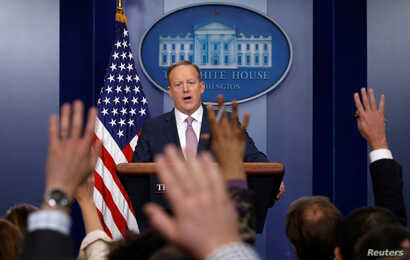 White House spokesman Sean Spicer holds a press briefing at the White House in Washington, D.C., Jan. 23, 2017.
