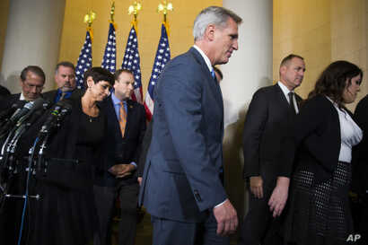 House Majority Leader Kevin McCarthy of California leaves a news conference after dropping out of the race to replace House Speaker John Boehner, on Capitol Hill in Washington, Oct. 8, 2015.
