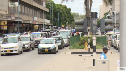 Zimbabwe is slowly returning to normal in Harare, Jan. 21, 2019, after a week of unrest caused by protests over a 150 percent fuel increase last week. (C Mavhunga/VOA)