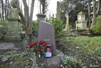 The grave of murdered ex-KGB agent Alexander Litvinenko is seen at Highgate Cemetery in London, Britain, Jan. 21, 2016.