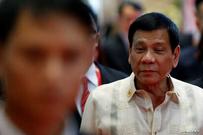 Philippines' President Rodrigo Duterte arrives at the East Asia Summit in Vientiane, Laos September 8, 2016.