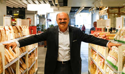 Oscar Farinetti, founder and creator of Eataly, poses at the newly opened first Russian store of Italian upmarket food chain Eataly in Moscow, Russia, May 25, 2017.