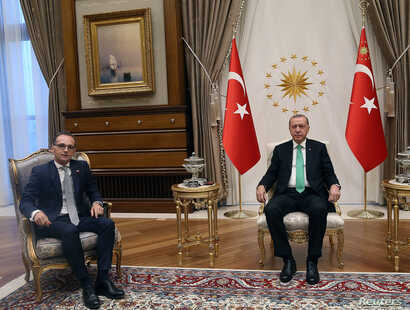 Turkish President Tayyip Erdogan meets with German Foreign Minister Heiko Maas in Ankara, Turkey, Sept. 5, 2018.