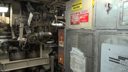 A peek inside the USS Alaska, which carries ballistic missiles and torpedoes. (C. Babb/VOA)