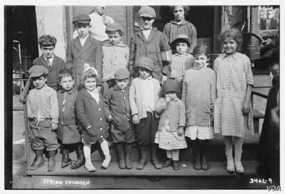 """Syrian immigrant children on Washington Street in the Lower Manhattan, N.Y., neighborhood known as """"Little Syria,"""" in 1916.  Bain collection at the Library of Congress."""