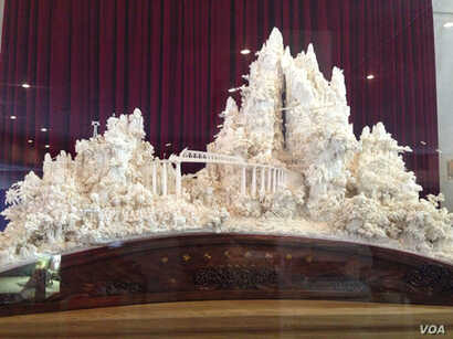 A model of the Chengdu-Kunming Railroad, carved in ivory, spent years at the United Nations headquarters in New York. A gift from the People's Republic of China, it has been sent to the Chinese U.N. mission.