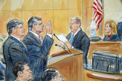 FILE - This courtroom sketch depicts former Donald Trump campaign chairman Paul Manafort (C) and his defense lawyer Richard Westling (L) before U.S. District Judge Amy Berman Jackson,at federal court in Washington, Sept. 14, 2018.