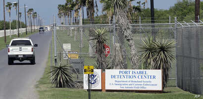 A U.S. Border Patrol truck enters the Port Isabel Detention Center, which holds detainees of U.S. Immigration and Customs Enforcement, June 26, 2018, in Los Fresnos, Texas.