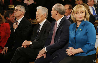 New Jersey Lt. Gov. Kim Guadagno, right, sits with former governors Jim McGreevey,  left, James Florio, center left, and Donald DiFrancesco ahead of Gov. Chris Christie's State of the State address on Jan. 12, 2016. (AP)