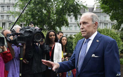White House National Economic Council Director Larry Kudlow speaks with reporters at the White House in Washington, June 27, 2018.