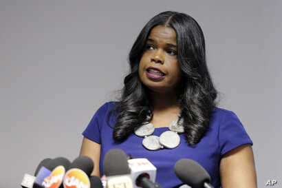 Cook County State's Attorney Kim Foxx speaks at a news conference in Chicago, Feb. 22, 2019.