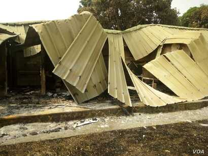 Damaged building that was part of the torched district hospital in Kumba, Cameroon, Feb.12, 2019. (M E Kindzeka/VOA)