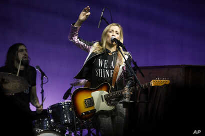 """Sheryl Crow performs at the Elton John AIDS Foundation's 17th annual """"An Enduring Vision"""" benefit gala at Cipriani 42nd Street  in New York, Nov. 5, 2018."""